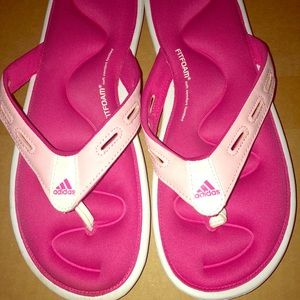 Adidas memory foam sandels